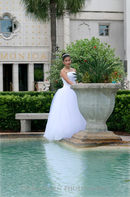 Here are two of my favorite images from Elly's quincenera portraits. St. AUgustine, having such a hispanic heritage was perfect fro these portraits.