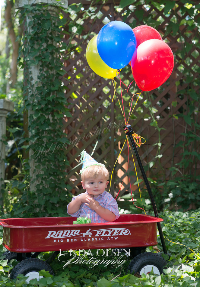 radio flyer with baby